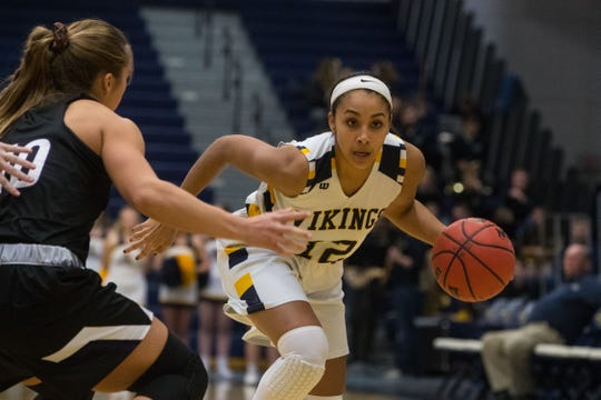 Augustana's Vishe Rabb is the returning NSIC freshman of the year.