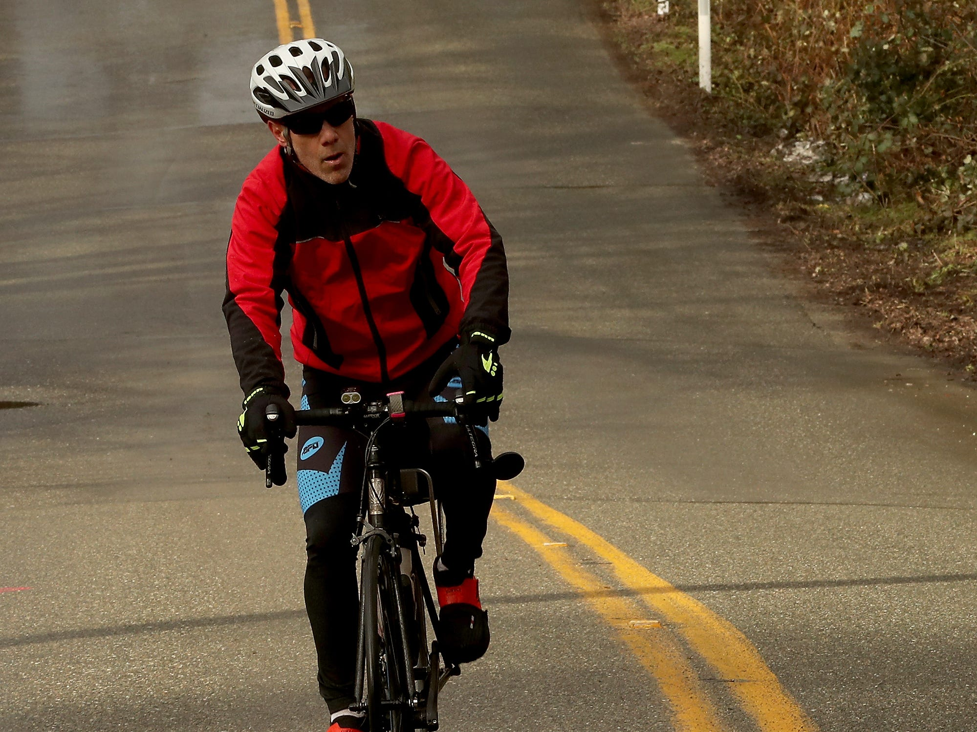 Cascade Bicycle Club's annual Chilly Hilly ride around Bainbridge Island on Sunday, February 24, 2019.