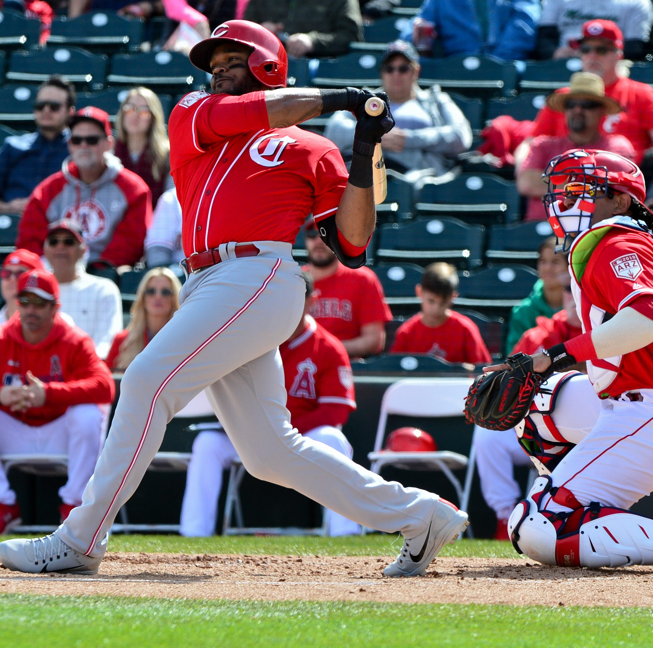Phillip Ervin hits 3-run homer, Anthony DeSclafani sharp in Cincinnati Reds' 5-2 win over Texas Rangers