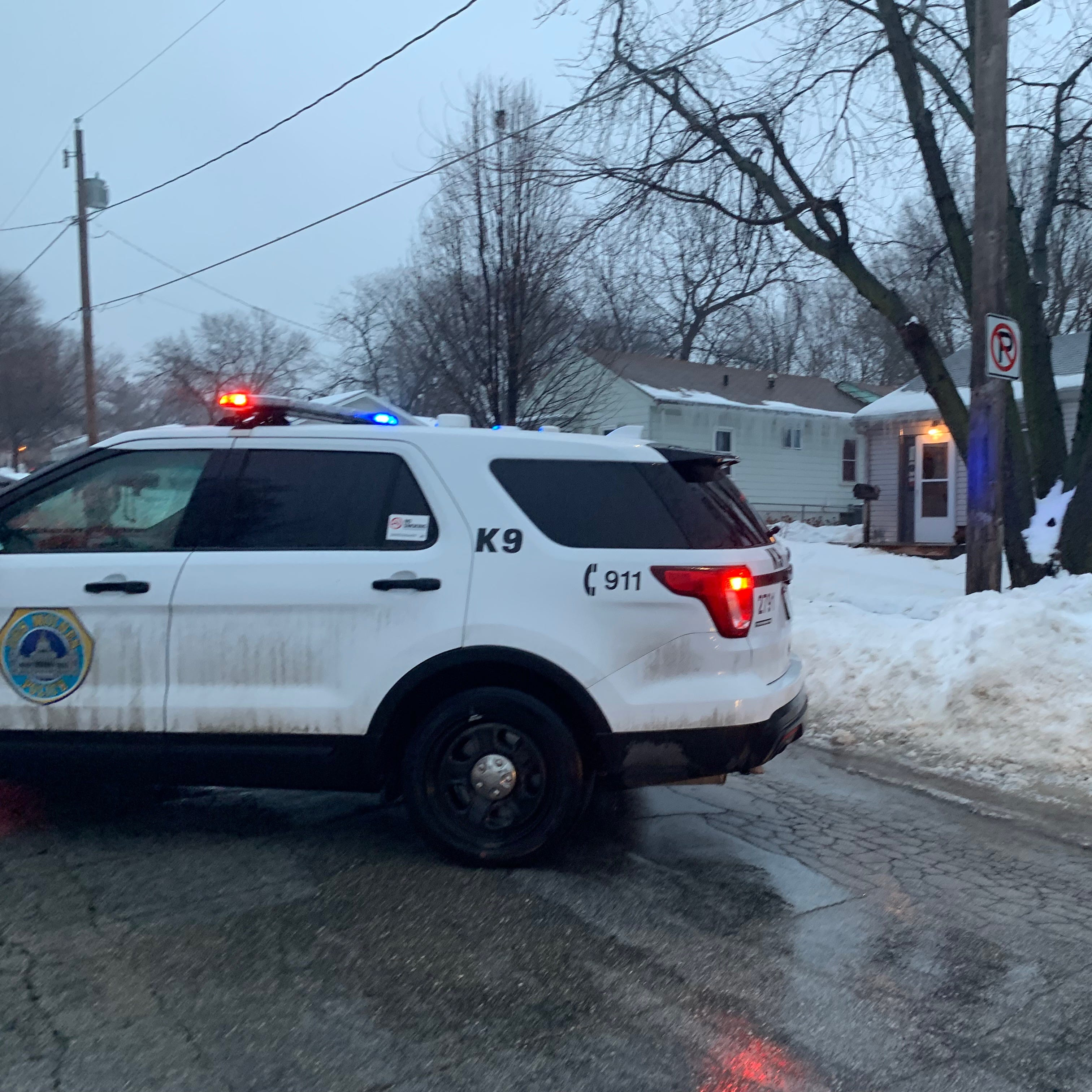 Des Moines police searching for a potential suspect after east side shooting grazes one