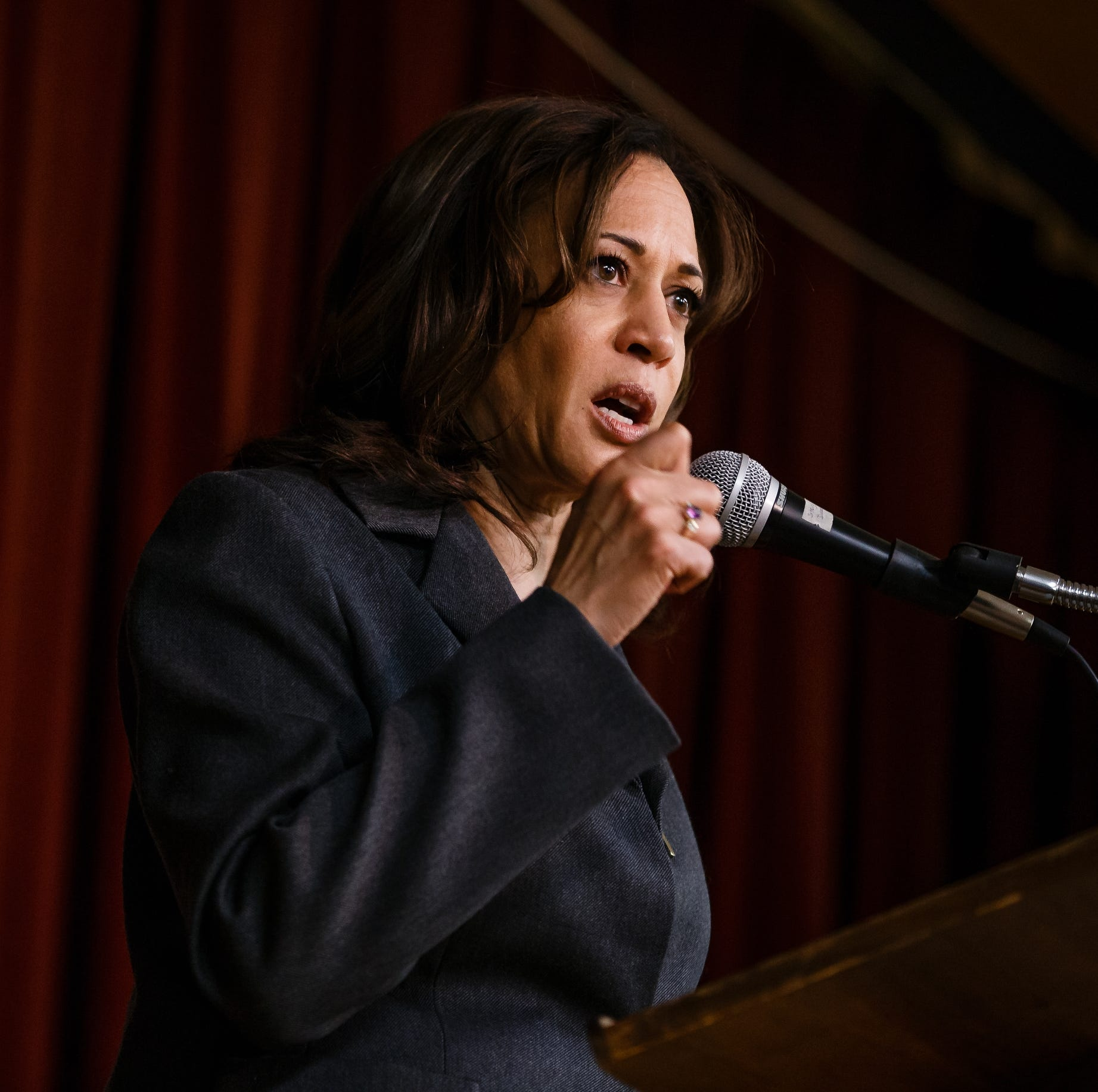 Here's how Kamala Harris' new teacher pay policy could play out in Iowa