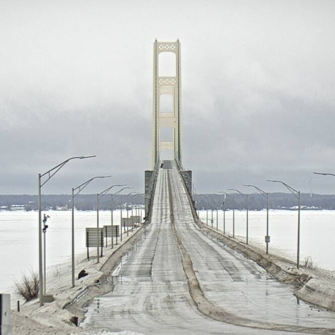 Mackinac Bridge tower to be repainted, closures expected
