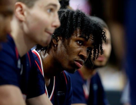 Detroit Mercy's Antoine Davis during a timeout in the second half against Oakland at the O'rena in Rochester, Saturday, Feb. 23, 2019.