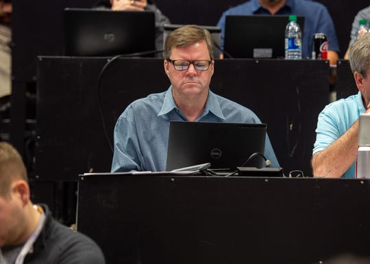 The Advertiser's Glenn Guilbeau writing during the game as The LSU Fighting Tigers take on the Tennessee Volunteers at the Pete Marovich Assembly Center on Saturday, Feb. 23, 2019.