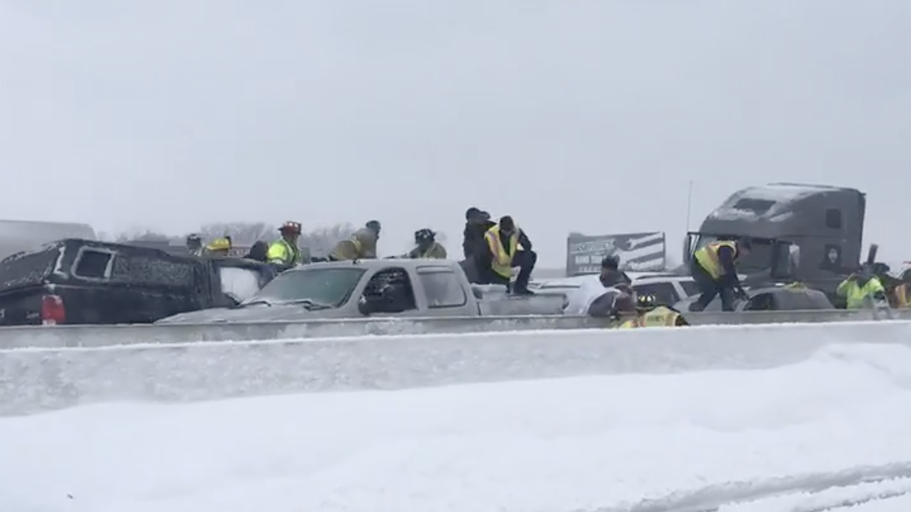 Wisconsin weather: 131-vehicle pileup in blizzard leaves one dead