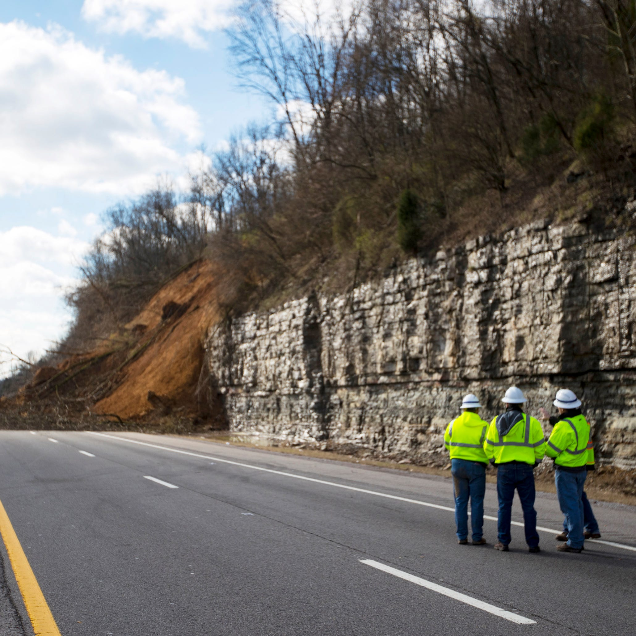 I-24 mudslide: TDOT says new lanes to open on time, traffic to start moving March 15