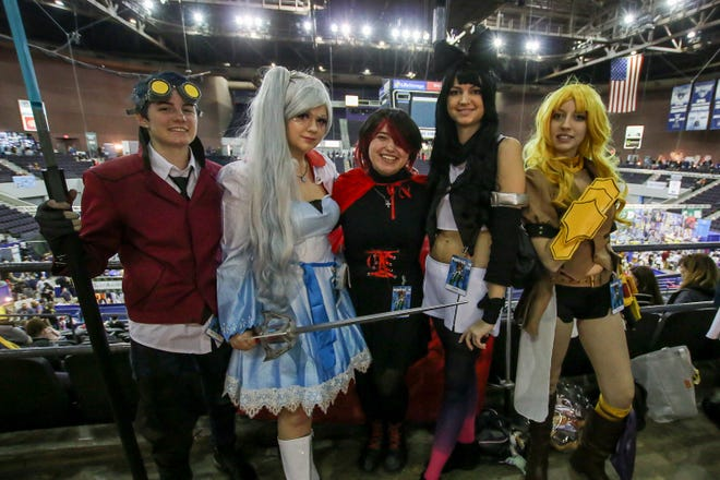 Pensacon brings the area's premier pop culture gathering back for seventh year.
