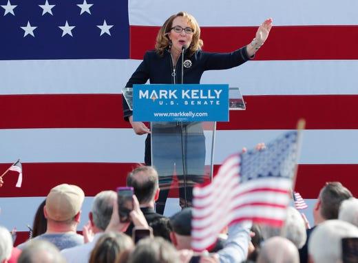 Mark Kelly launches 2020 Democratic Senate bid in Phoenix