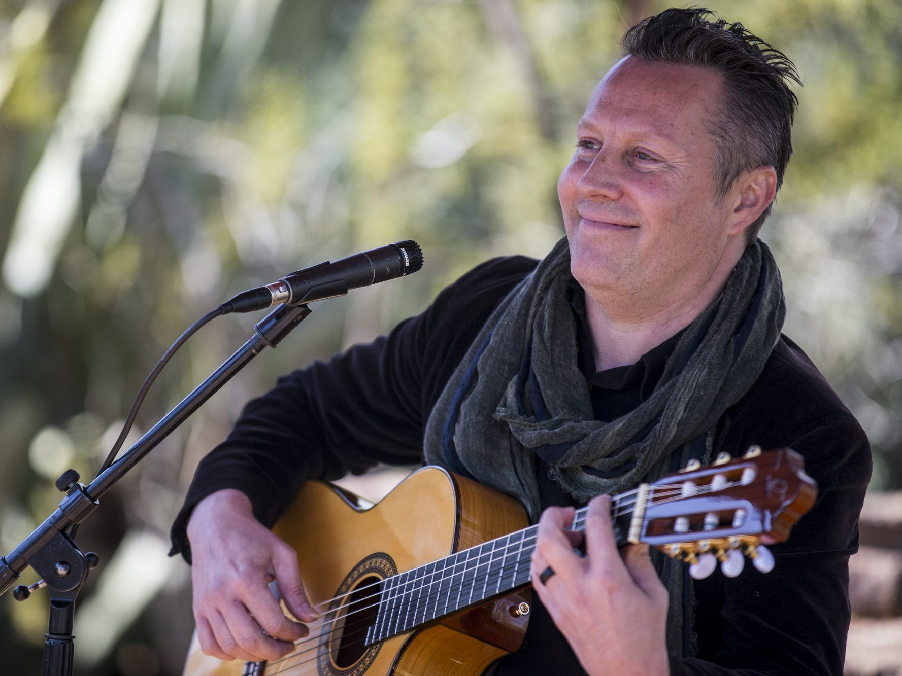 Eric Miller performs during Day 1 of the Devour Culinary Classic on Saturday, Feb. 23, 2019, at Desert Botanical Garden in Phoenix.