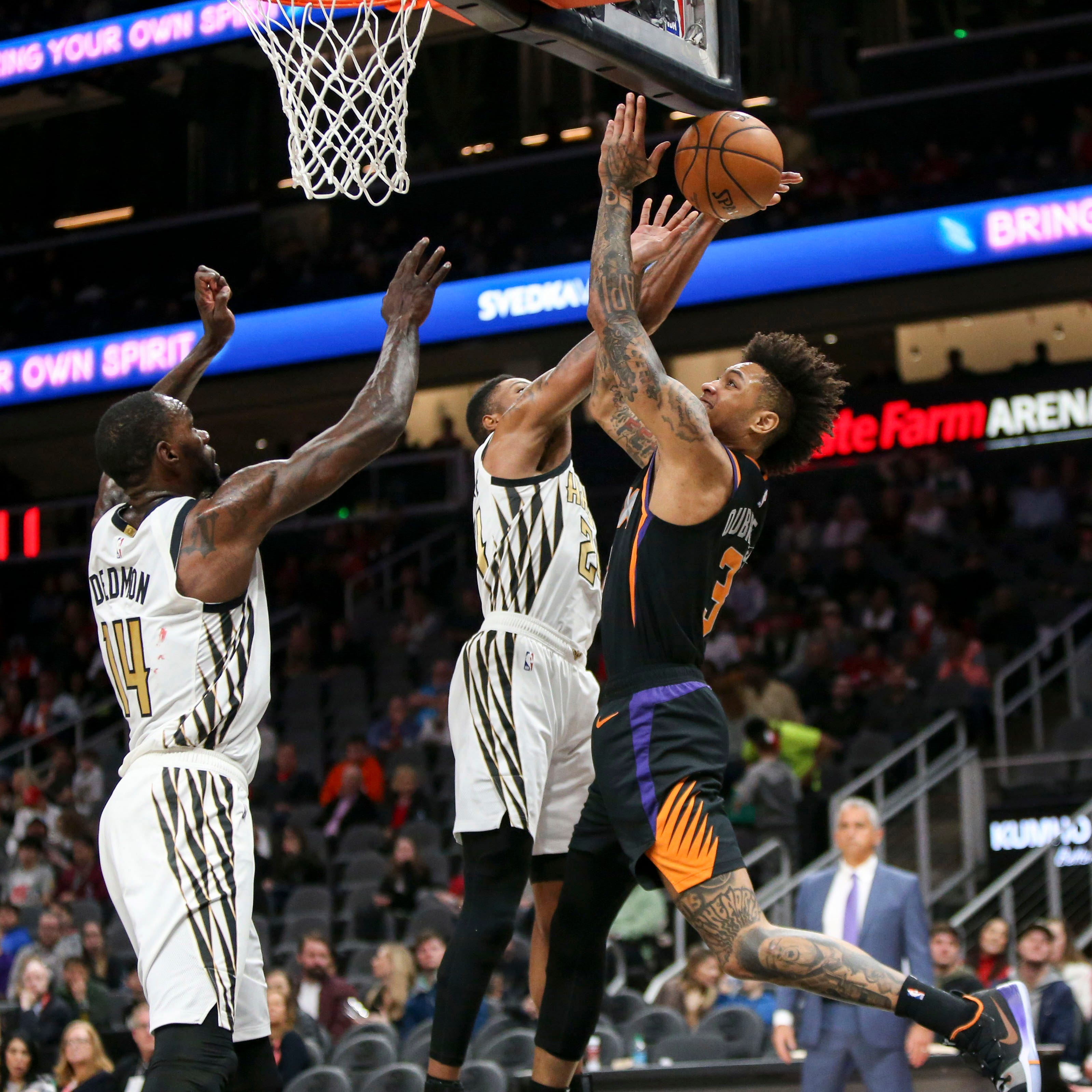 Suns botch opportunity in loss to Hawks; Booker reiterates team too 'comfortable with losing'