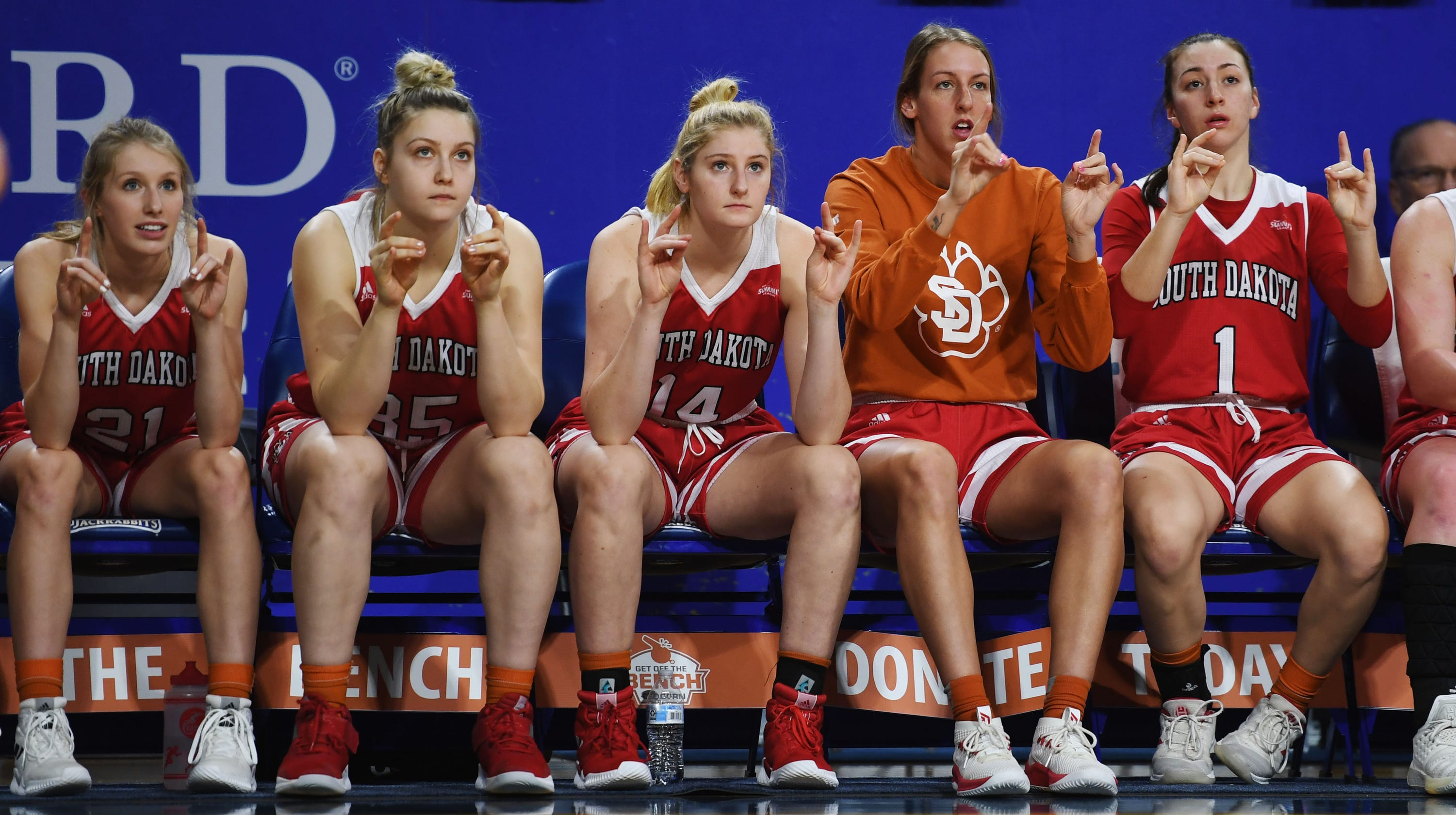 670e86405405 Final thoughts on the South Dakota women s overtime loss to South ...