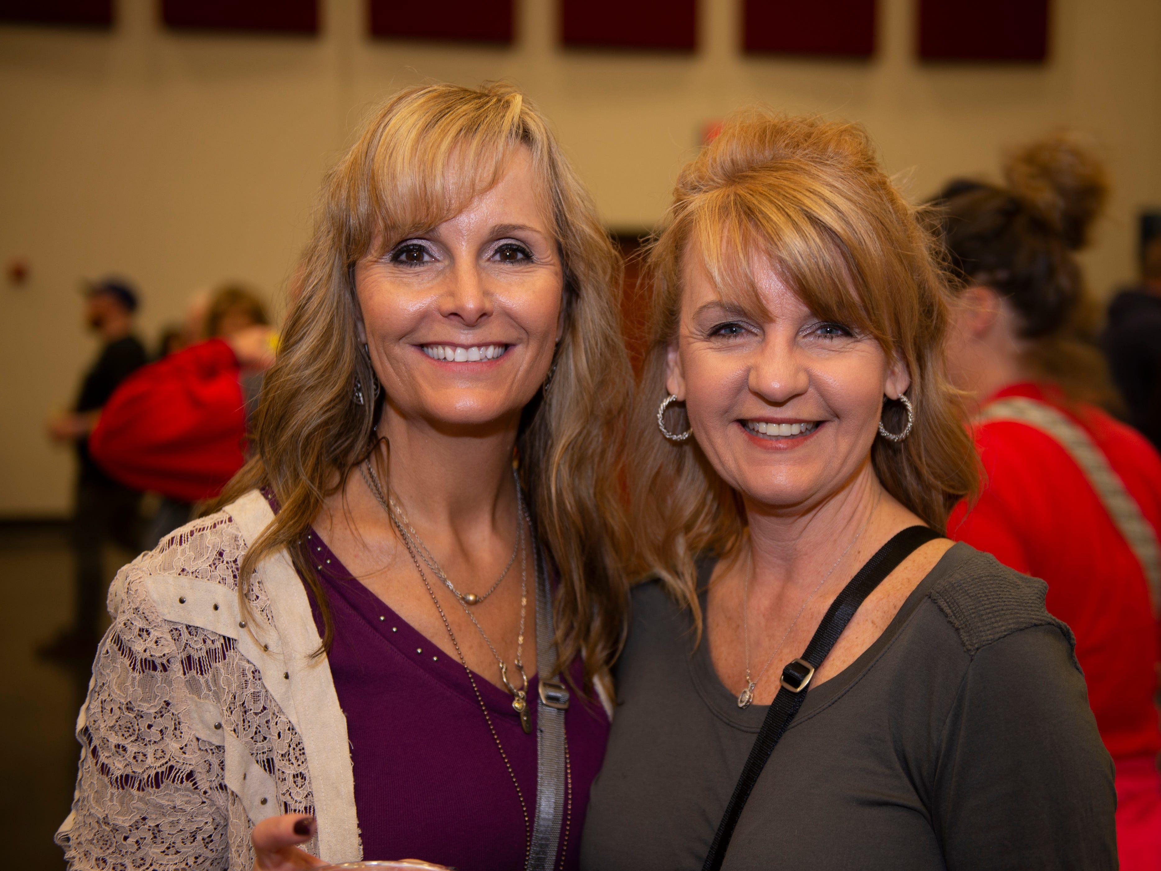 Pam Pace, Karen Sexton
