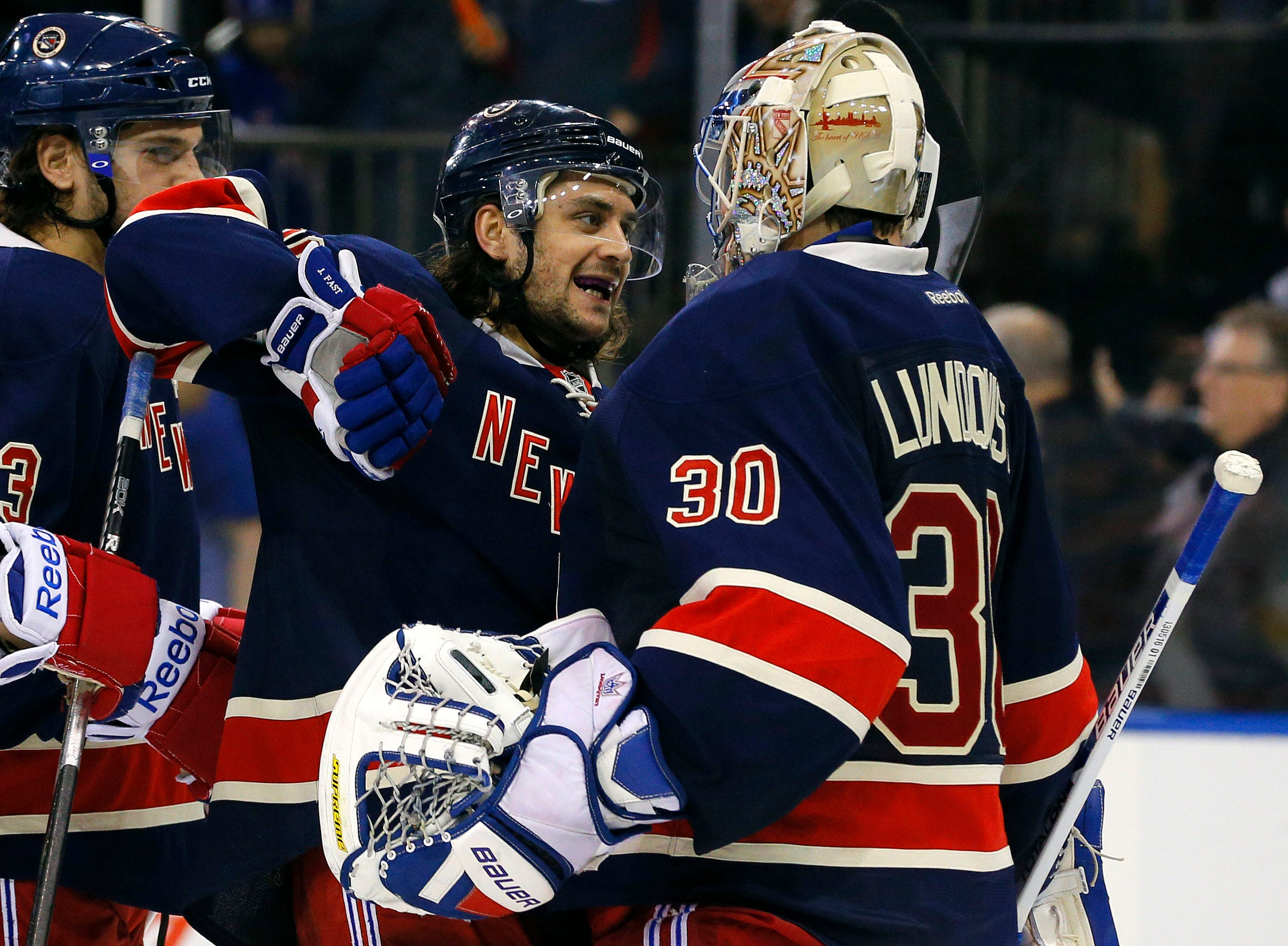 Henrik Lundqvist gets choked up when asked about former Rangers teammate who just got traded