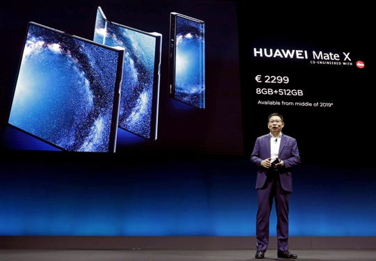 Richard Yu, CEO of Huawei Consumer Business Group, presents the new Mate X mobile at the Mobile World Congress 2019 (MWC19), in Barcelona, Spain, 24 February 2019. The latest developments in mobile technologies are presented at the MWC19 from 25 to 28 February.  EPA-EFE/Andreu Dalmau ORG XMIT: GRAF3034