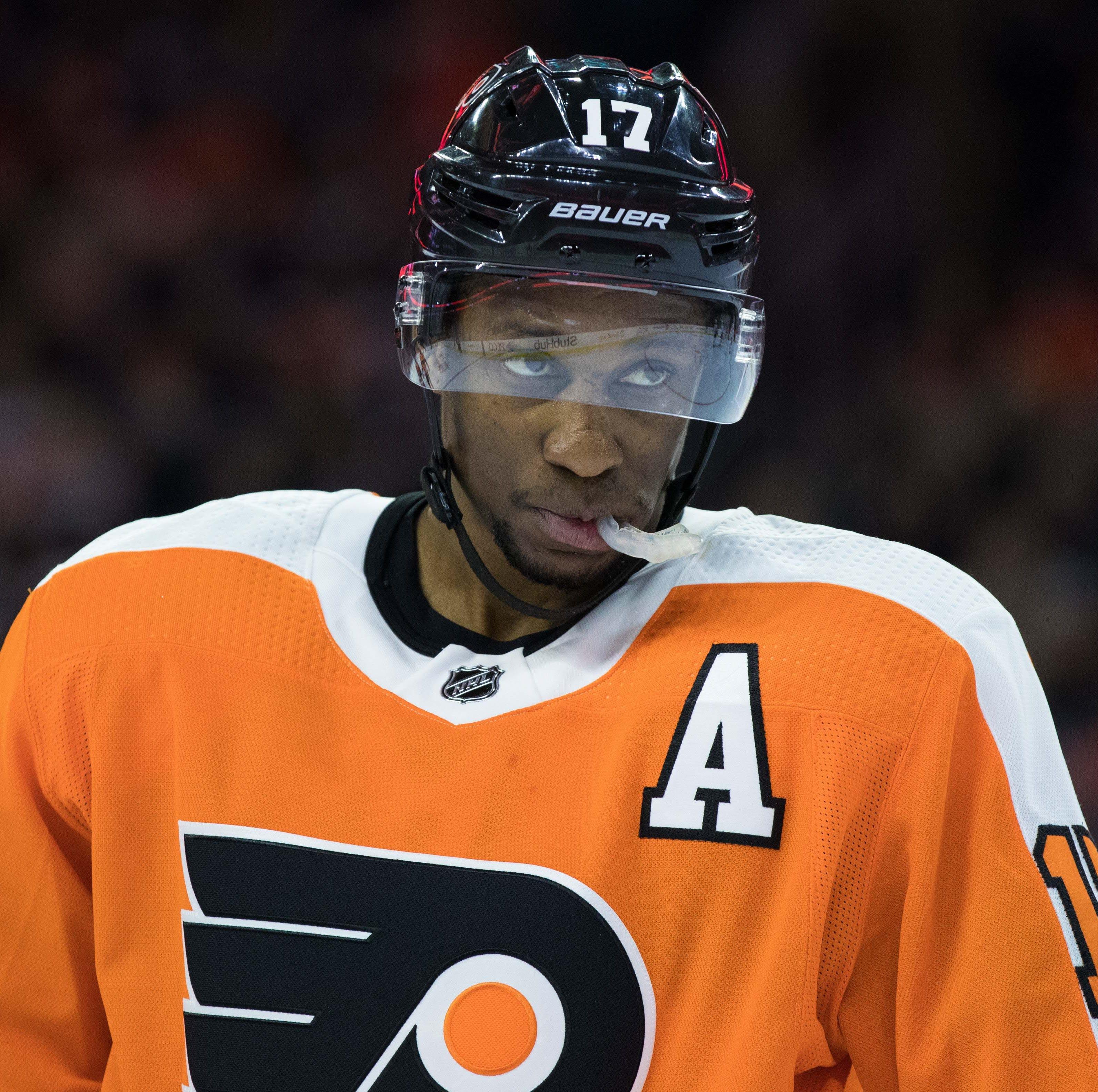 Predators deal Ryan Hartman to Flyers for Wayne Simmonds