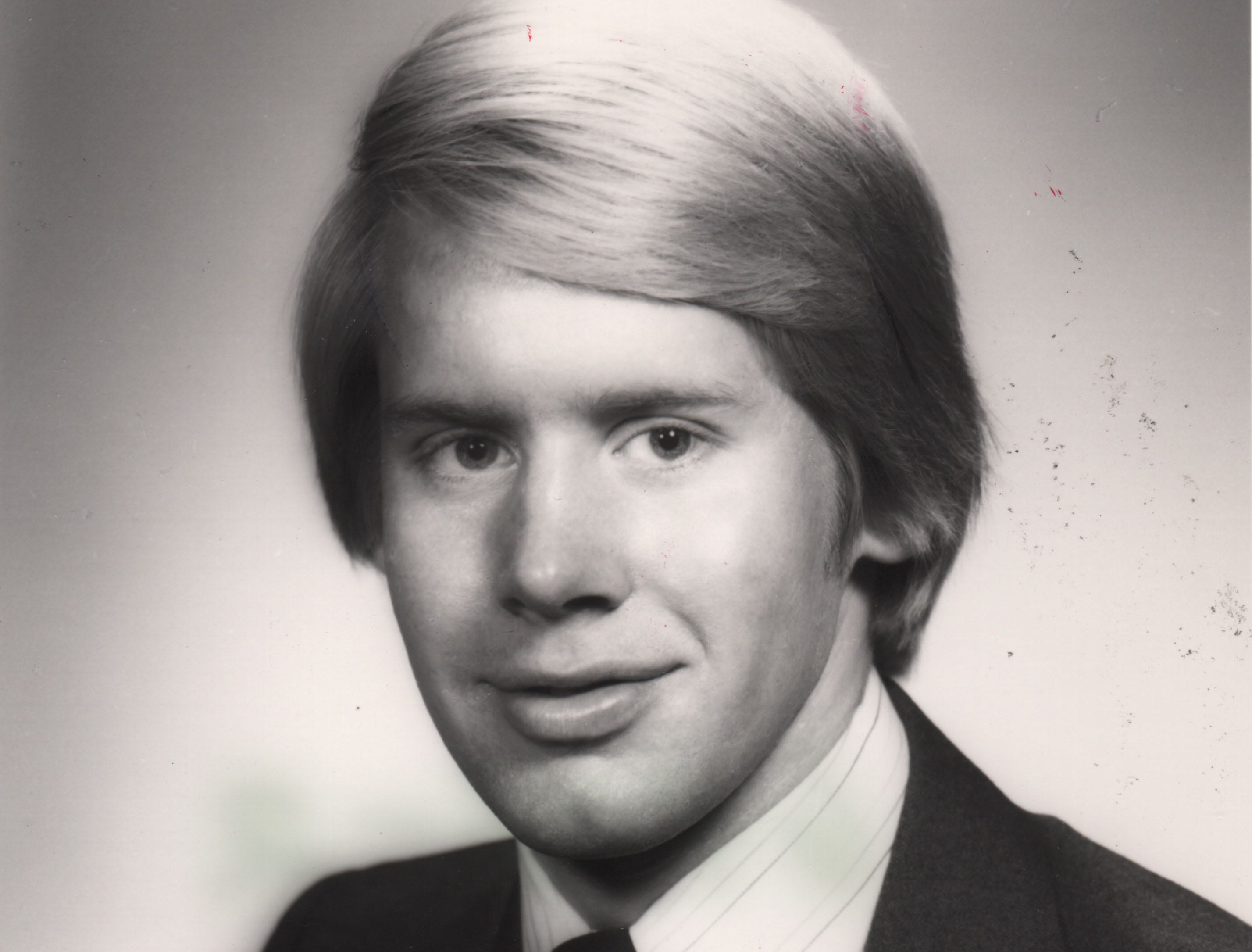 After graduating from the University of Cincinnati in 1976, Carl Lindner III took a position at American Financial Group.