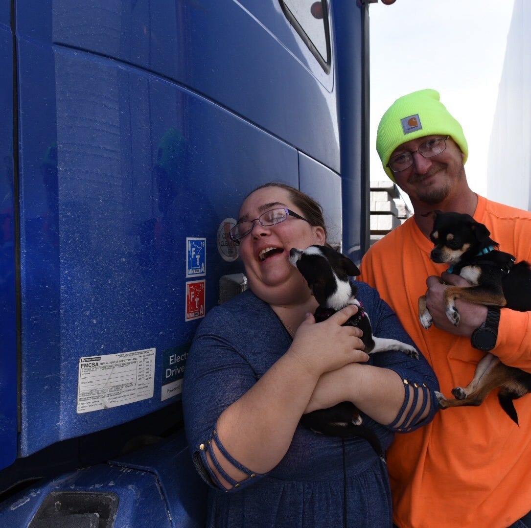 'I love Iowa, but this sucks': Semis stranded in Iowa as I-35 remained closed for more than 24 hours