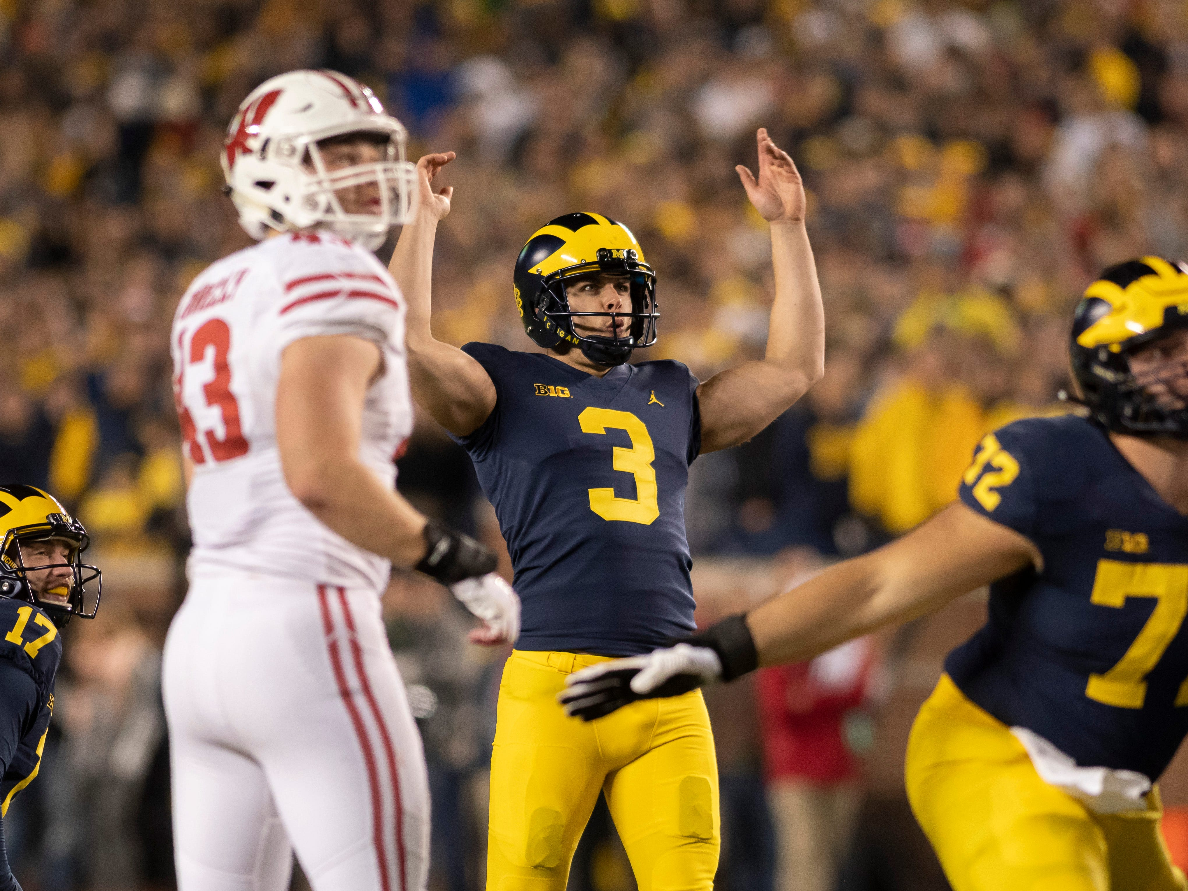 KICKER: Quinn Nordin – Nordin was the kicker most of last season, then freshman Jake Moody took over the final three games. He was All-Big Ten honorable mention in 2017. Nordin is known for his big leg but consistency is what will earn him the job over Moody.