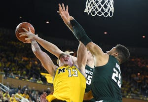 Ignas Brazdeikis and Michigan missed 15 of 18 shots during a critical second-half stretch Sunday against Michigan.