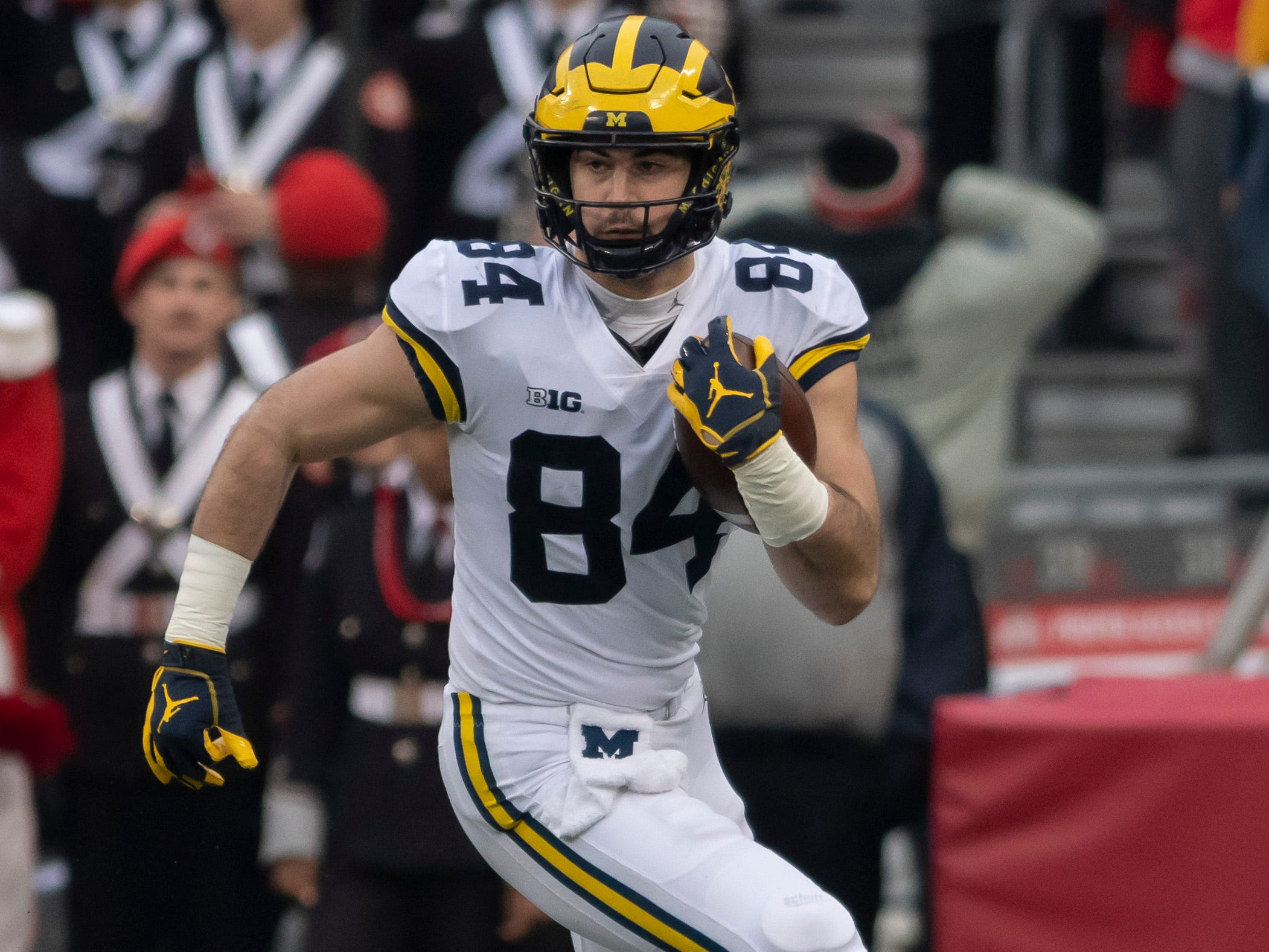 TIGHT END: Sean McKeon – He was All-Big Ten honorable mention last season. He has made 16 career starts and last season had 14 catches for 122 yards and a touchdown.