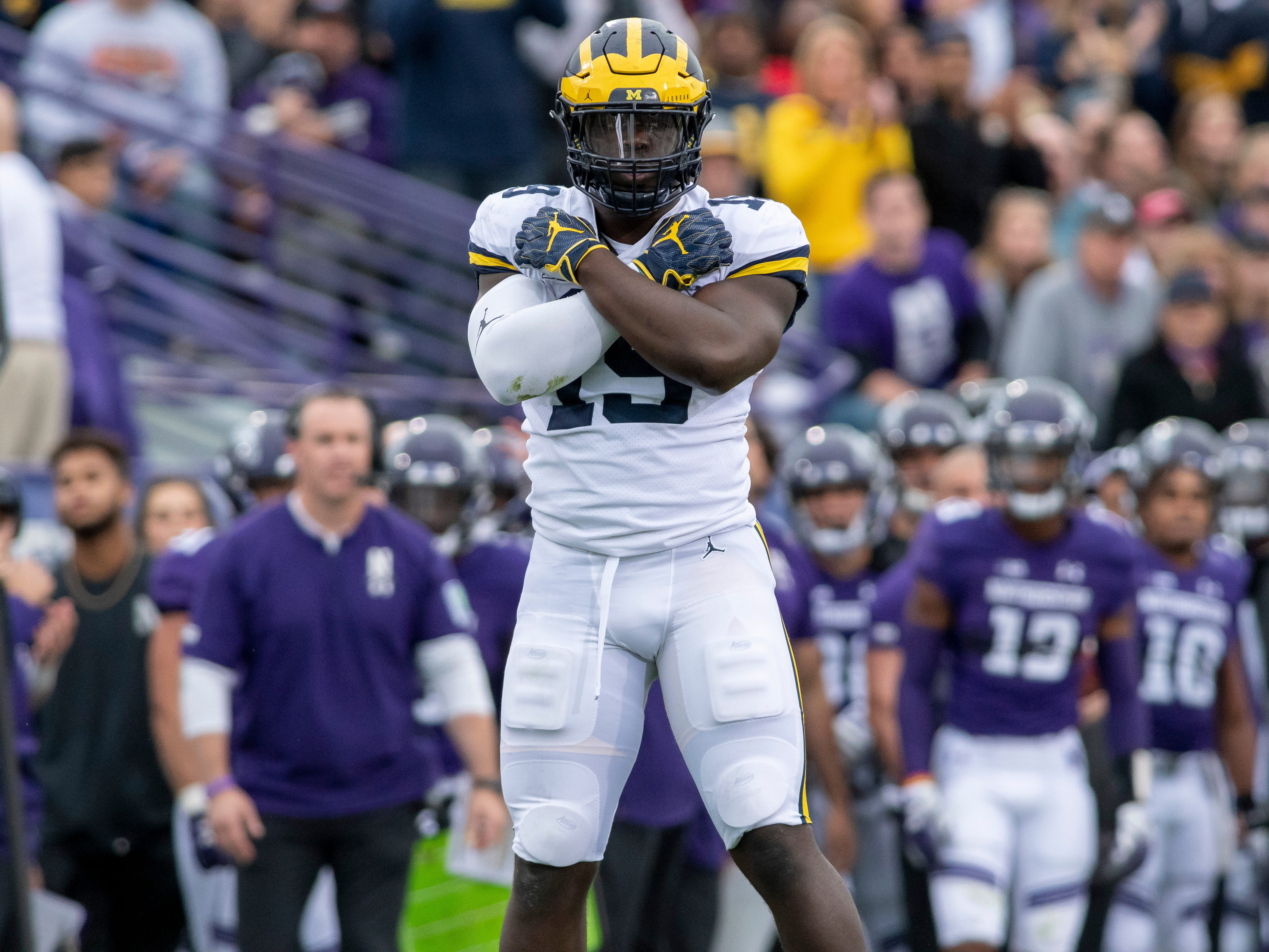 DEFENSE DEFENSIVE END: Kwity Paye – Paye essentially had an audition while Rashan Gary was out with a shoulder injury and he impressed pretty much everyone, including defensive coordinator Don Brown. Paye finished with 29 tackles, two sacks and 5.5 tackles for loss.