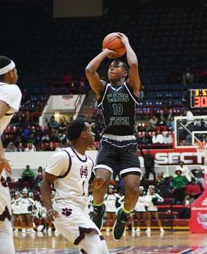 Michael Washington-Hill and Detroit Cass Tech take on Detroit King in a Division 1 district on Monday at Detroit Western.