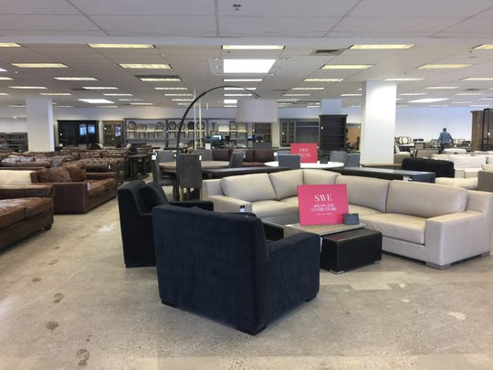 RH Outlet in Bloomfield Offers offers sofa, coffee tables, dining tables and more, all at discounted prices.