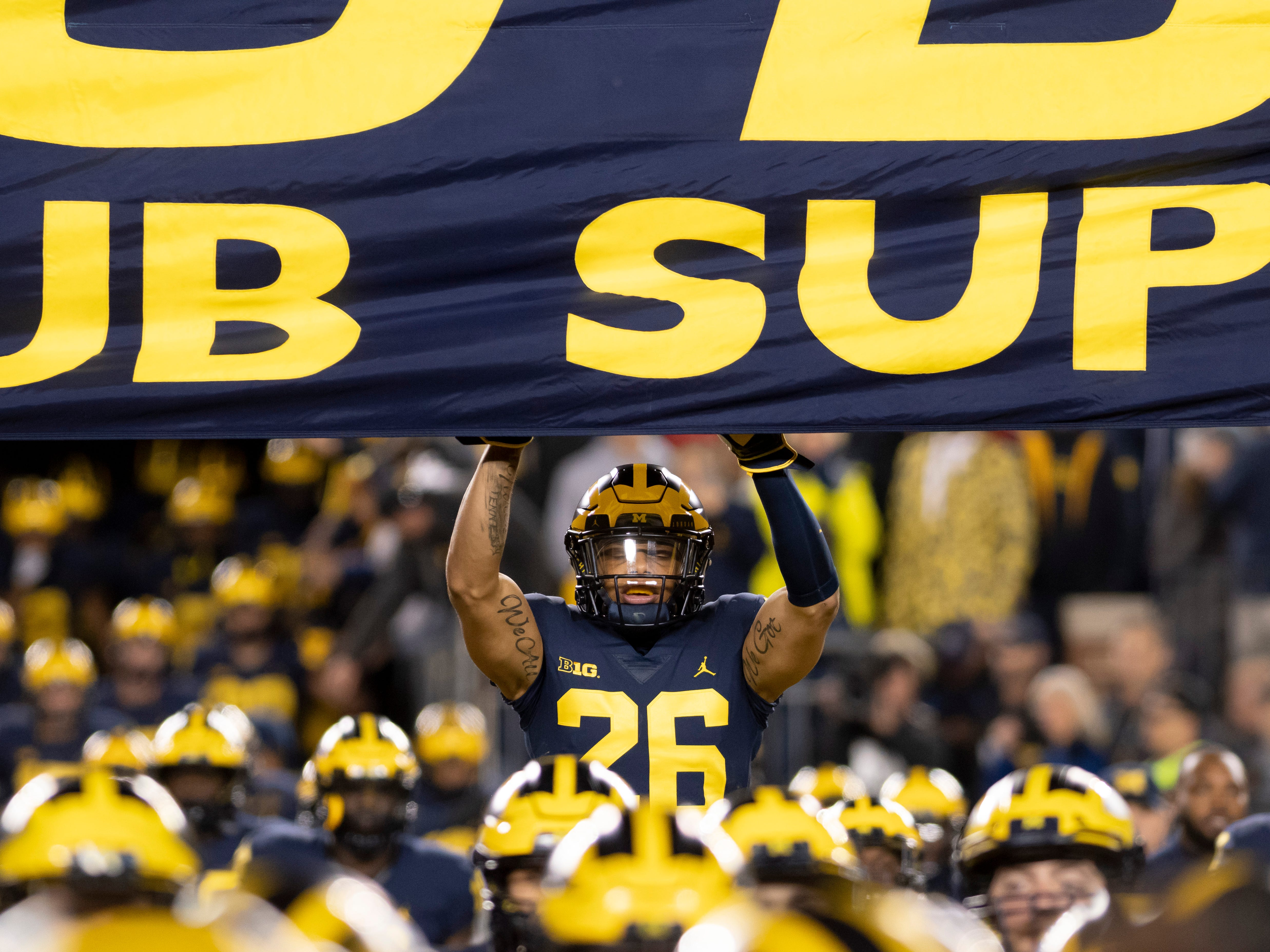 Go through the gallery to view Angelique S. Chengelis' projected starting lineup for the 2019 Michigan football team.