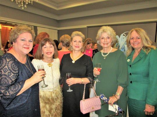 Leslie Olinger, Merilyn Crain, Donna Hebert, Debbie Dore and Debbie Miller