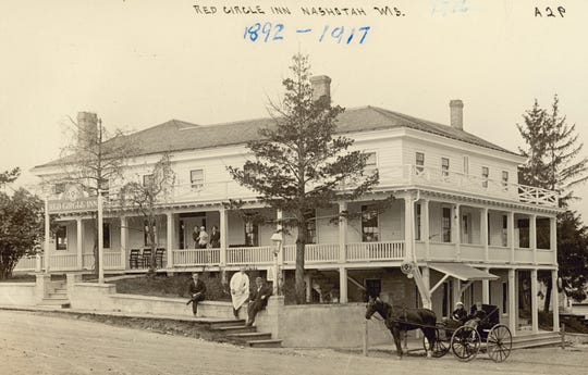 "A 1910 postcard shows The Red Circle Inn in Nashotah with the ""Pabst Milwaukee"" round logo over the sign at left."