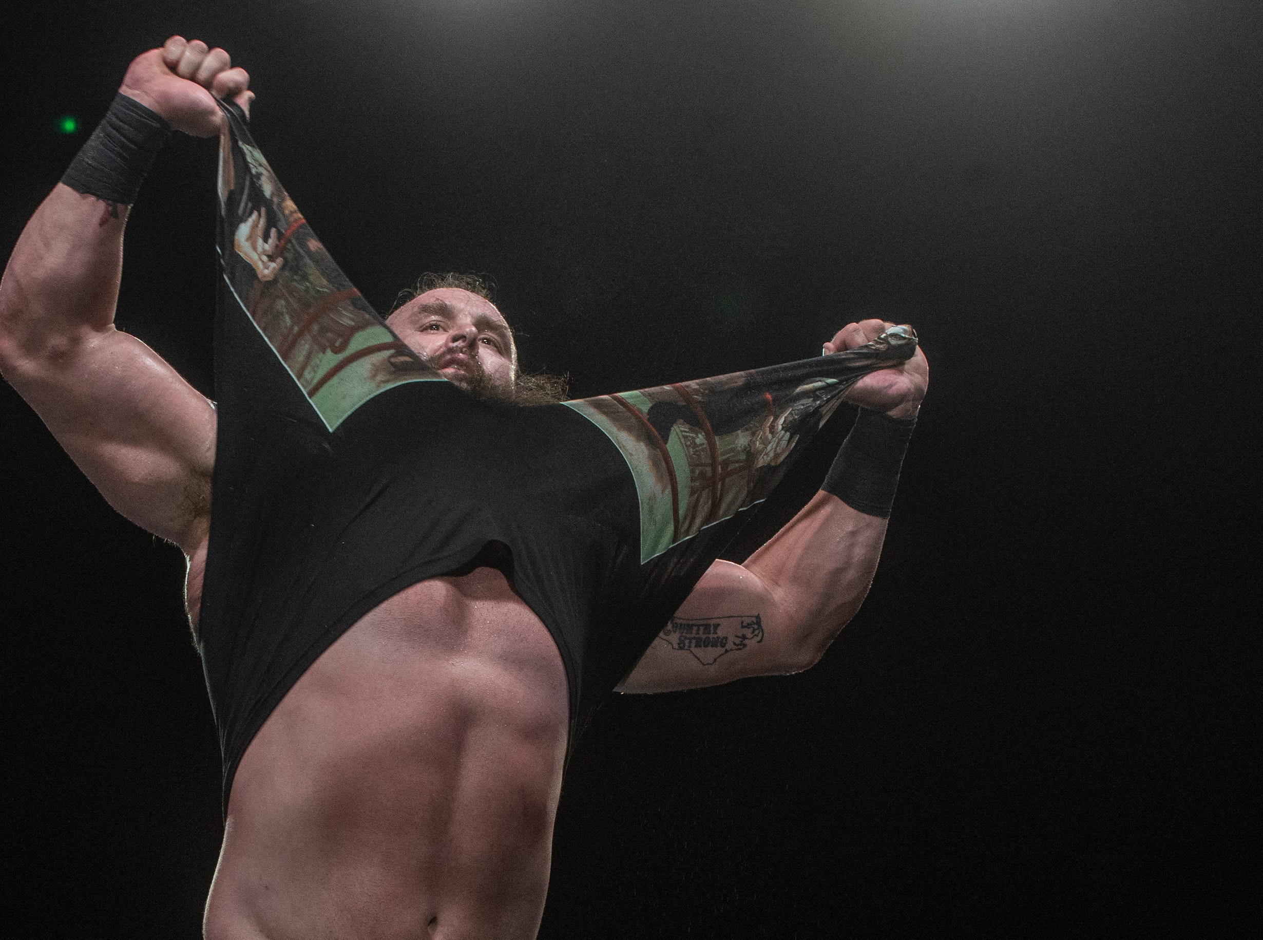 Braun Strowman tears off his shirt and gets the crowd revved up. The main event was a street fight between Baron Corbin and Braun Strowman, with lots of of chairs, sticks and tables. WWE Live Road to Wrestlemania came to Garrett Coliseum in Montgomery on Sunday, Feb. 24, 2019.