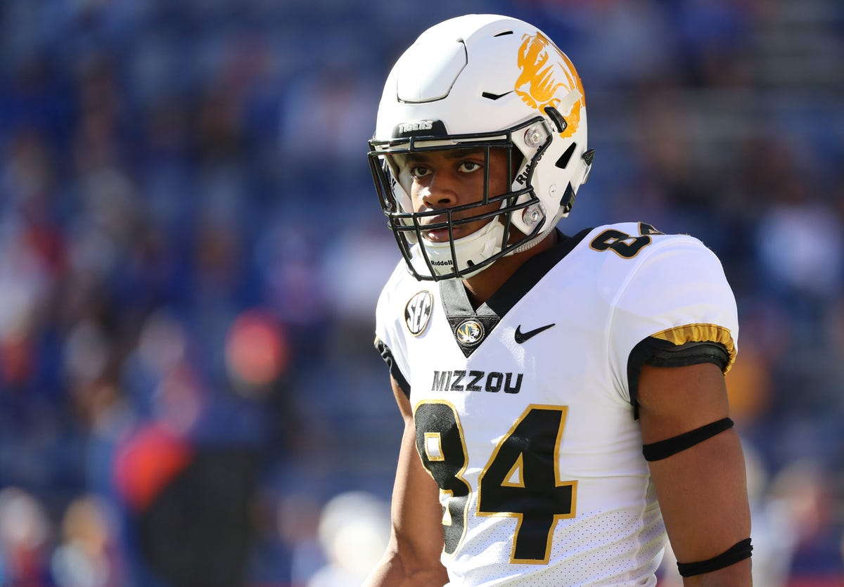 5434bc53 Strep throat keeps NFL Draft prospect Emanuel Hall from Titans workout
