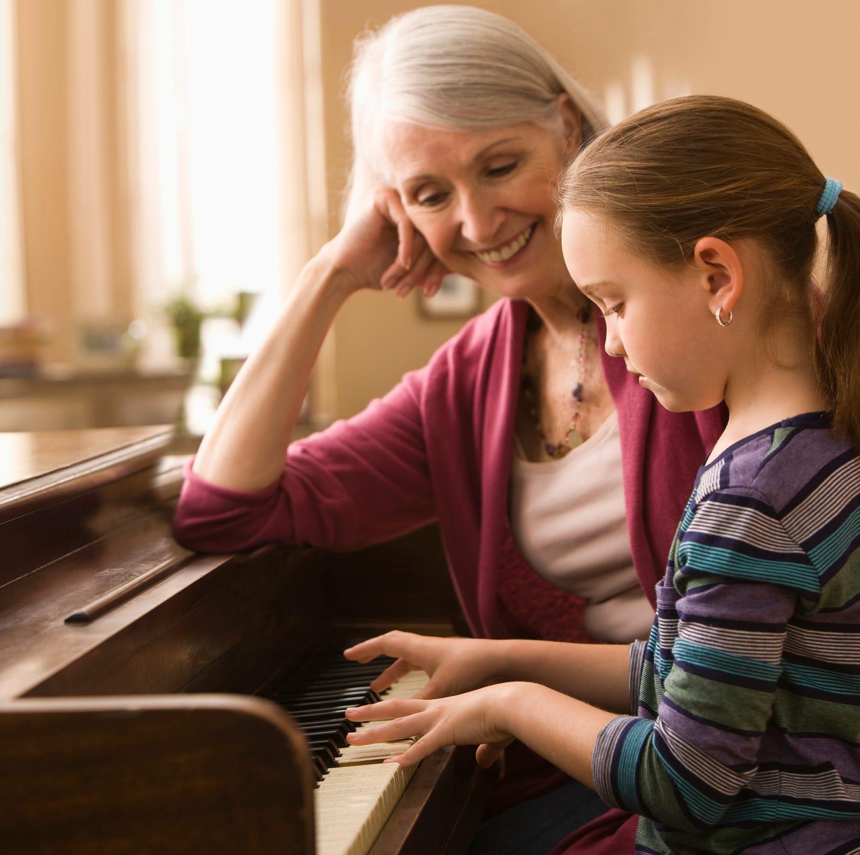 Minivan musings: Strengthening bond between grandchildren and grandparents