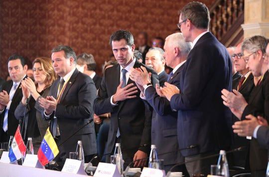 El auto proclamado presidente interino de Venezuela Juan Guaidó junto a los otros mandatarios en el Grupo de Lima.