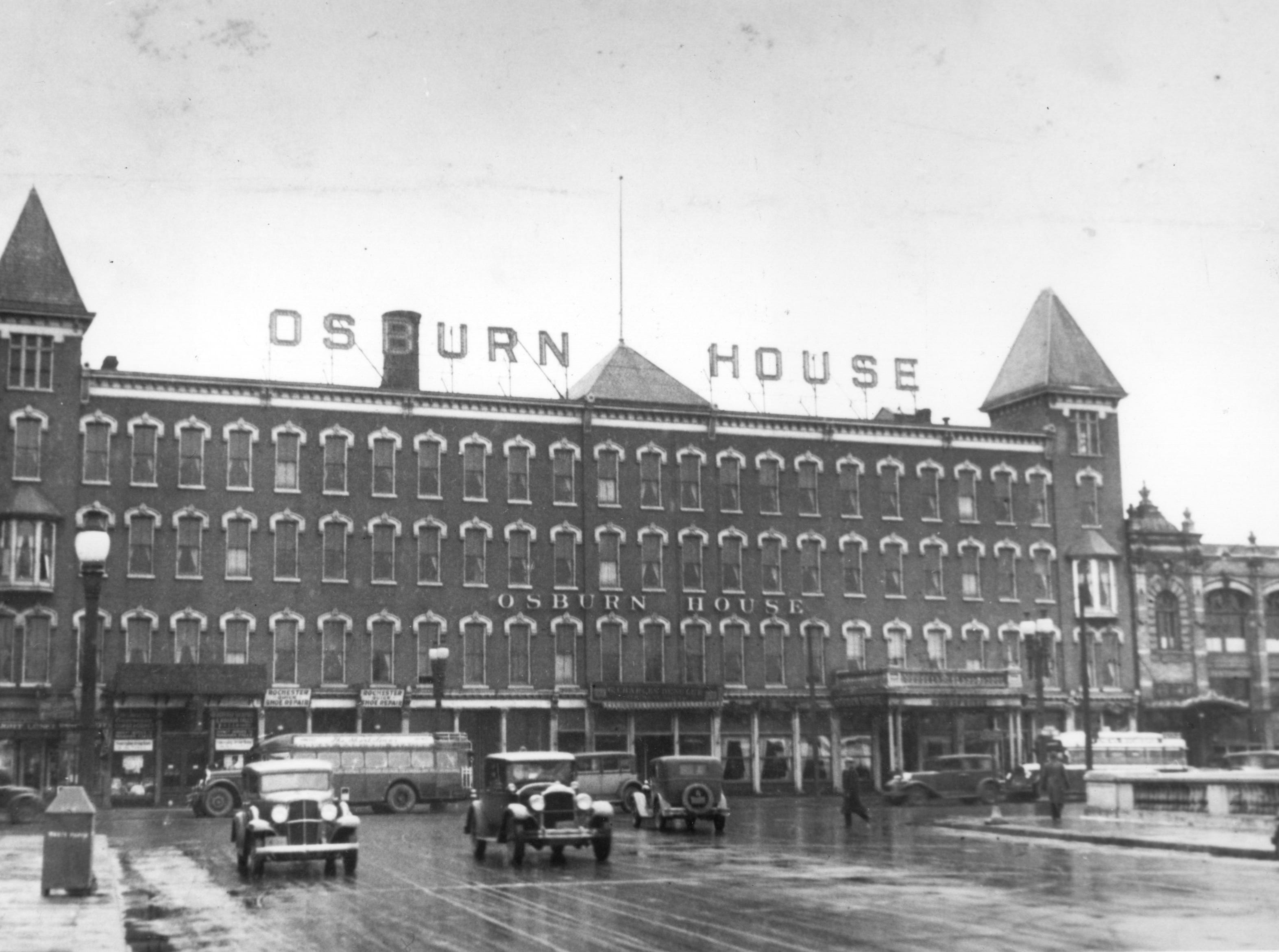 The Osburn House was the first real luxury hotel in Rochester, shown here in the 1920s or 30s. The hotel spanned across Broad Street at South Avenue. It was torn down in 1959.