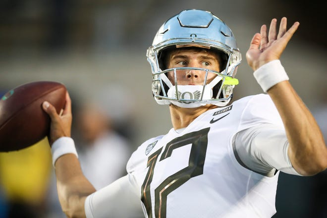 Oregon quarterback Tyler Shough is the favorite to replace Justin Herbert as the Ducks' starter.