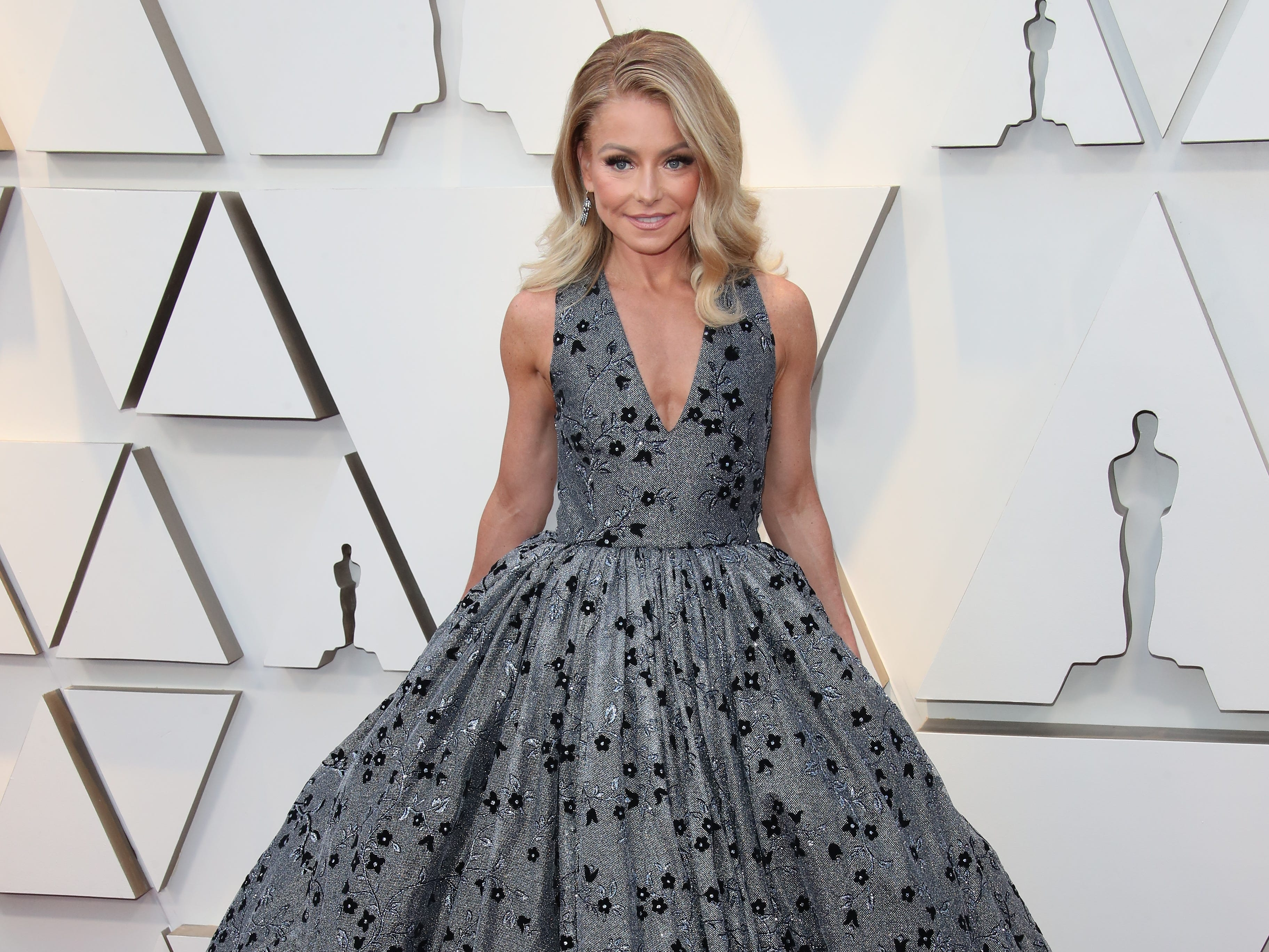 February 24, 2019; Los Angeles, CA, USA; Kelly Ripa arrives at the 91st Academy Awards at the Dolby Theatre. Mandatory Credit: Dan MacMedan-USA TODAY NETWORK (Via OlyDrop)