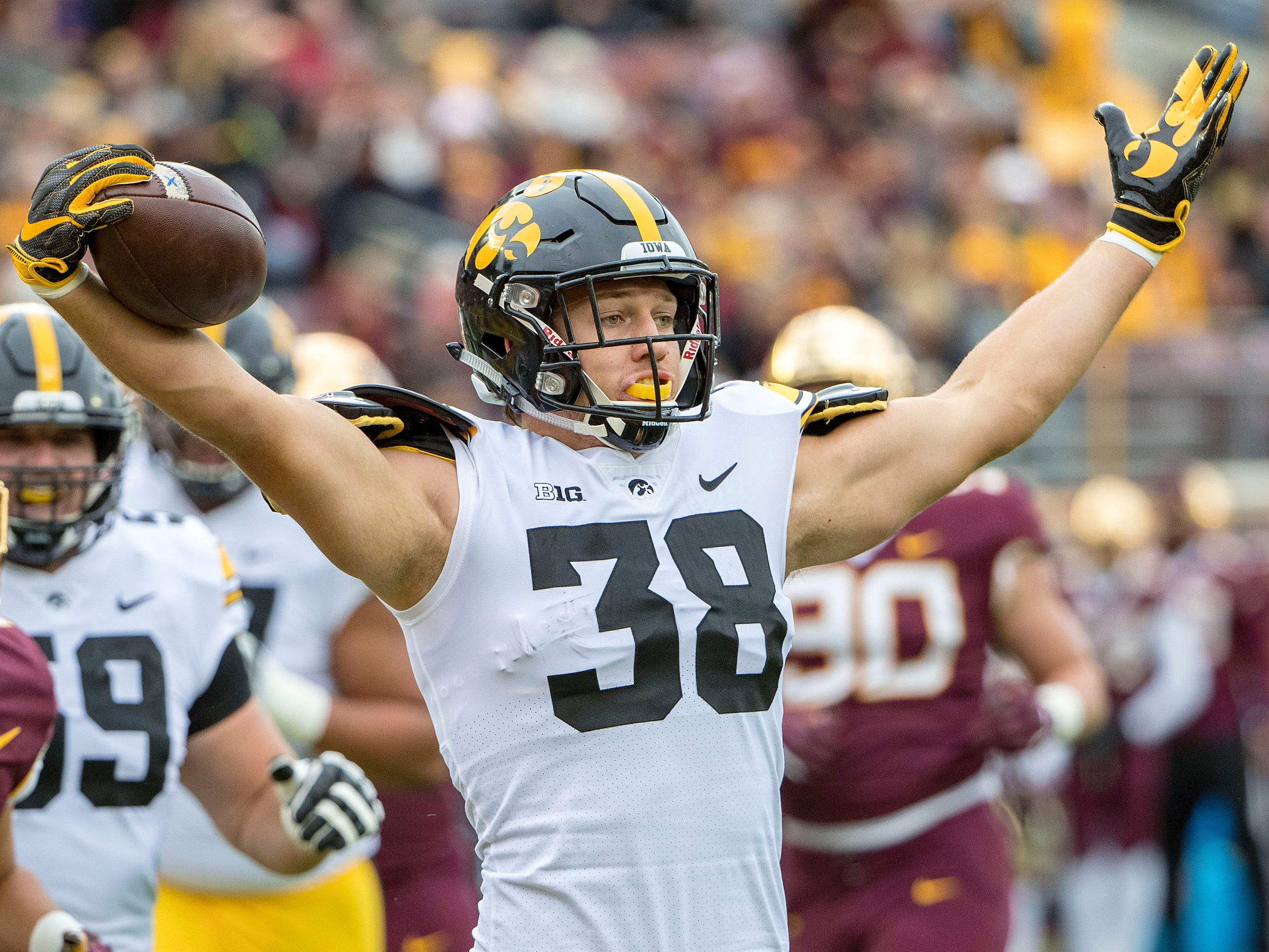 30. Packers (from Saints) - T.J. Hockenson, TE, Iowa