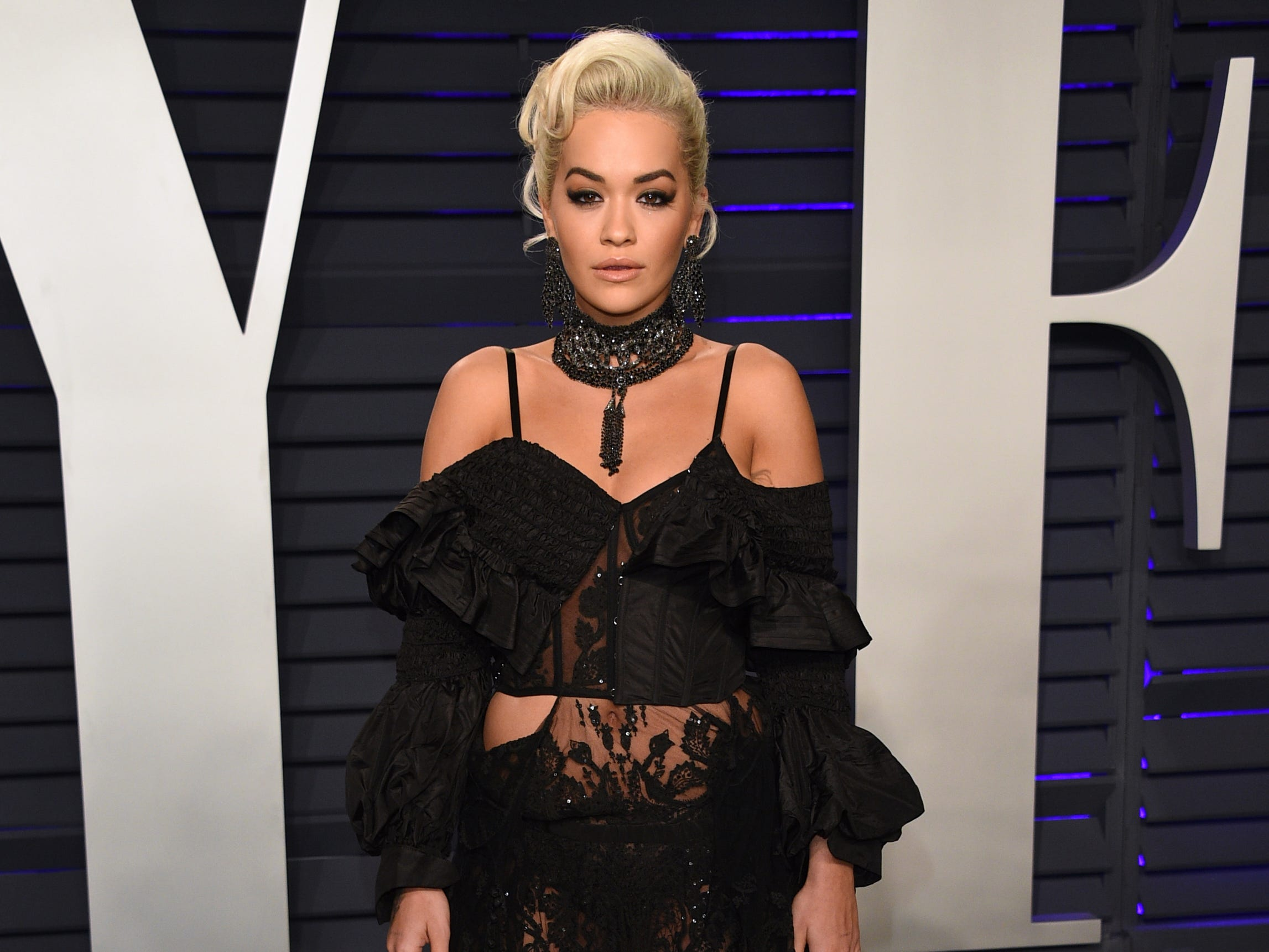 Rita Ora arrives at the Vanity Fair Oscar Party on Sunday, Feb. 24, 2019, in Beverly Hills, Calif. (Photo by Evan Agostini/Invision/AP) ORG XMIT: CATO325