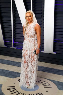 epa07396676 Lindsey Vonn poses at the 2019 Vanity Fair Oscar Party following the 91st annual Academy Awards ceremony, in Beverly Hills, California, USA, 24 February 2019. The Oscars are presented for outstanding individual or collective efforts in 24 categories in filmmaking. The Oscars are presented for outstanding individual or collective efforts in 24 categories in filmmaking.  EPA-EFE/NINA PROMMER