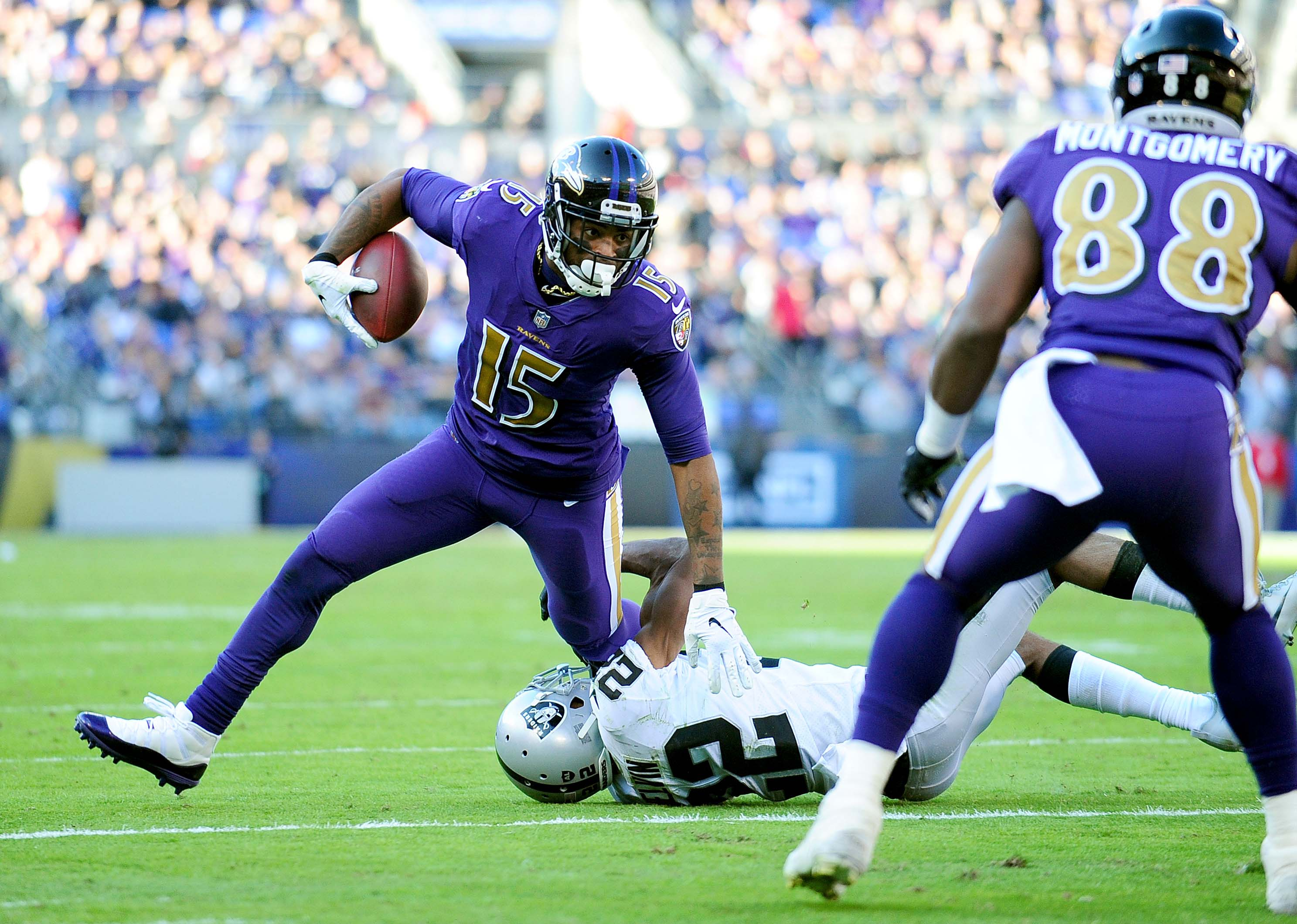 Ravens release WR Michael Crabtree after one year