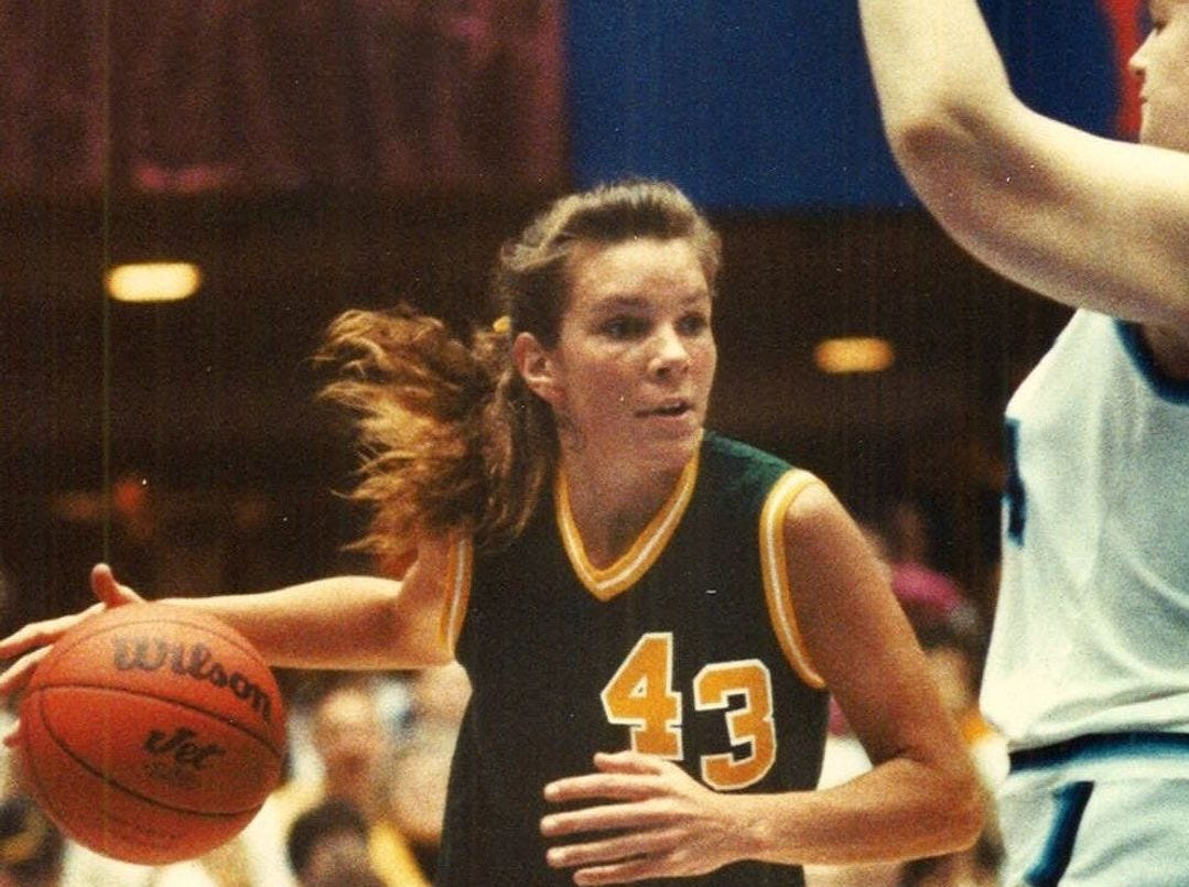 1990: Jenny Gronoski's 18 points helped Waterloo Columbus defeat Cedar Rapids Jefferson and win the five-player girls' state championship. Register file photo