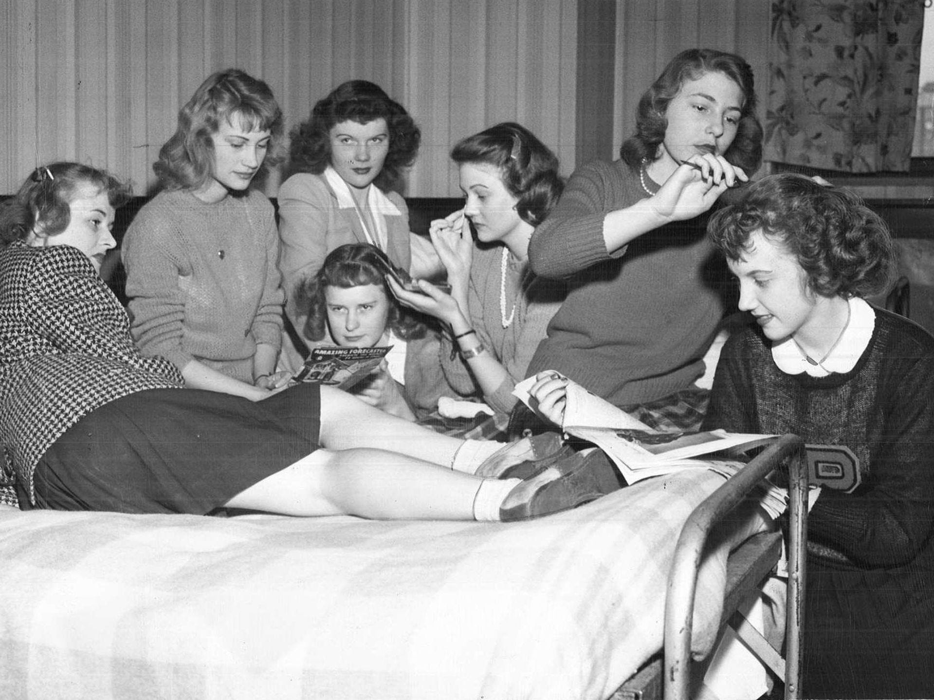 1945: Members of the Pomeroy team hang out in their room at the Hotel Fort Des Moines before their game with Lone Tree in the state girlsÕ basketball tournament. Register file photo