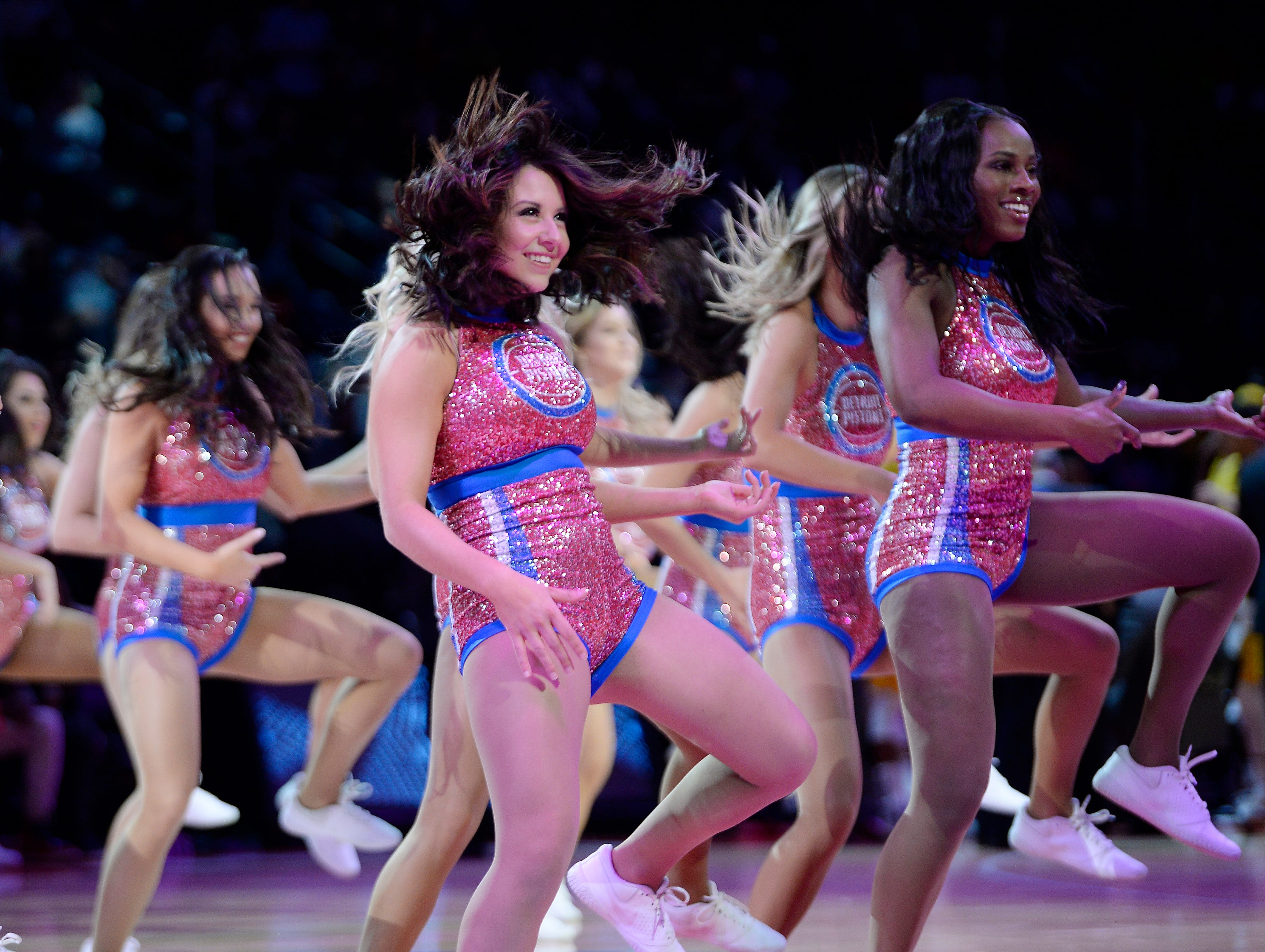 Pistons dancers perform during a timeout in the second quarter.