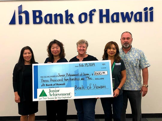 Junior Achievement of Guam received a generous $3,500 donation from Bank of Hawaii and will be used to support financial education programs on Guam. Pictured from left: Erlinda Alegre – Bank of Hawaii SVP Branch & Community Banking/West Pacific Region Manager; Jane Ray – JA Guam Board Director; Meg Tyquiengco – JA Guam Board Chairperson; Beth Lizama – JA Guam Executive Director; Jon Bargfrede – Bank of Hawaii SVP and Guam Commercial Banking Manager.