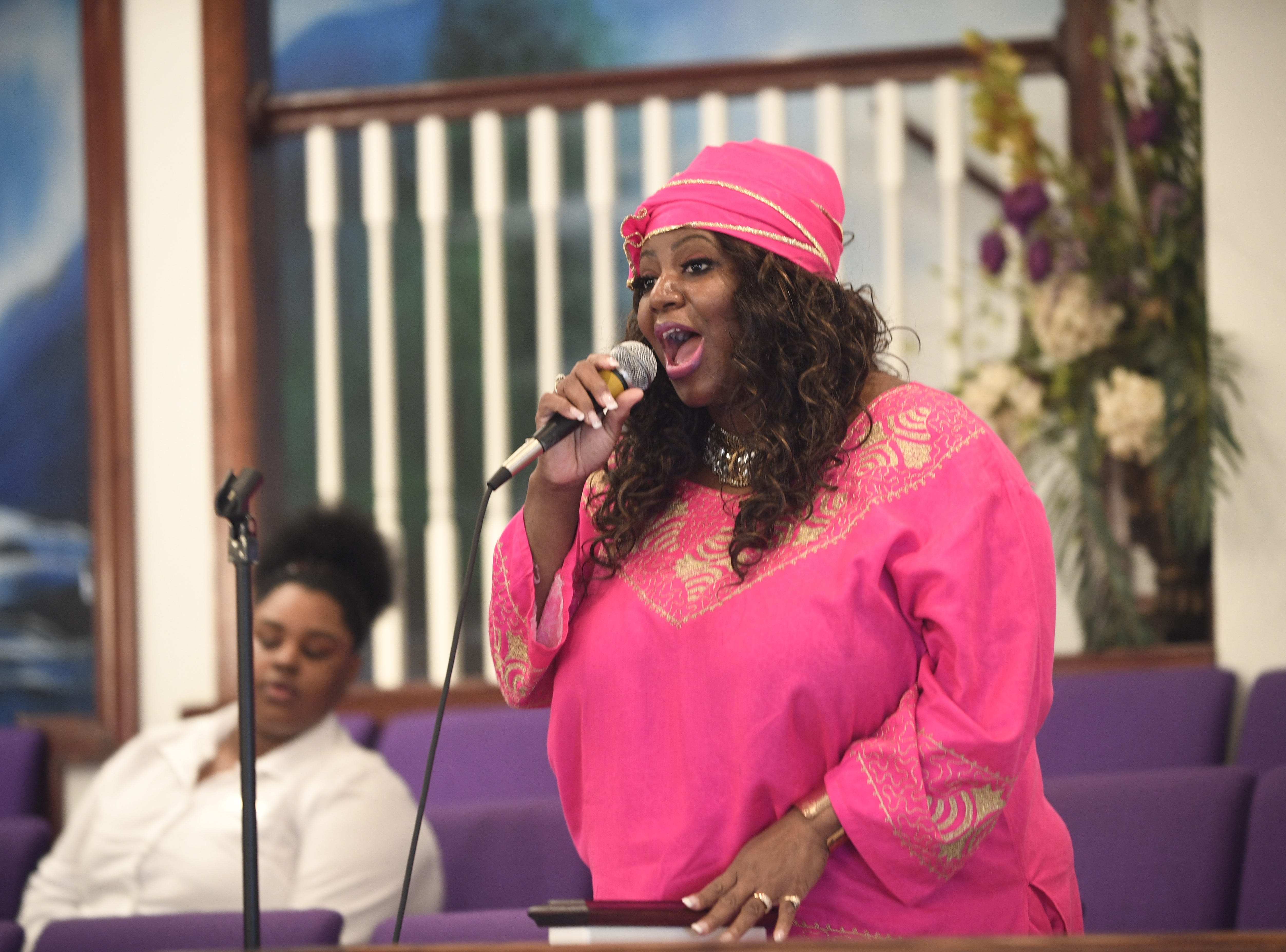 Minster Porchia Kirby sings at Mt. Pleasant Church's Black History Month event, in Pinson, Tenn. Feb 24, 2019.