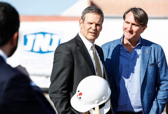 Tennessee Gov. Bill Lee (left) and JNJ Express CEO John Ennis Jr. (right) announced during a press conference that the transportation company will invest $83.6 million to expand its operations to the vacant Delta Square off American Way. JNJ will create 610 new jobs over the next five years, while they establish their new headquarters and operations campus.