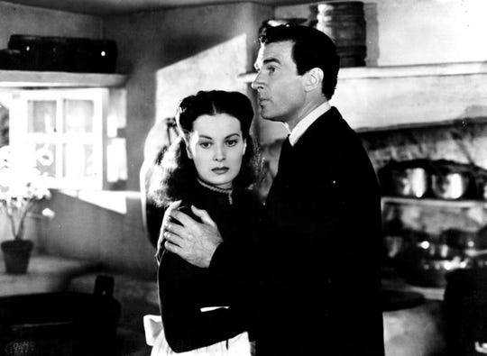 """Maureen O'Hara and Walter Pidgeon star in """"How Green Was My Valley."""""""