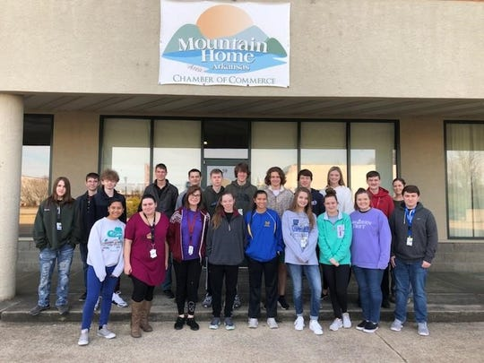 A group of Mountain Home students Tuesday volunteered their time to help move boxes and furniture. The students, under the leadership of Career and Technical Education instructor Sheri Smith, fulfilled volunteer requirements for Accounting I, Accounting II and Principles of Banking classes.