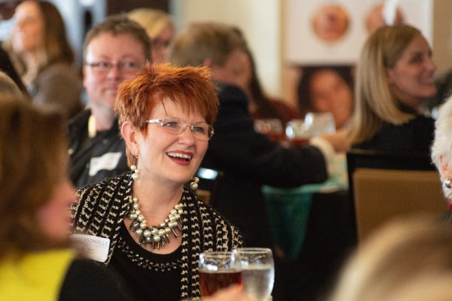 Brenda Payne, pictured above at the Hendersonville Chamber's Women Impacting the Community Awards, has announced her run for mayor.